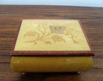 """REUGE Swiss Musical Movement Inlay Floral Music Box """"Memory"""" Made In Italy"""