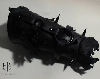 Weathered Dark Lord Vambrace