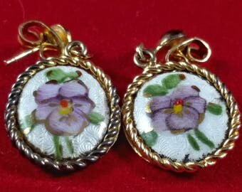 Vintage Hand Painted Enamel 1/20 12K Gold Filled Purple Pansy Pierced Earrings.  Vintage Oval Flower gAg Earrings.