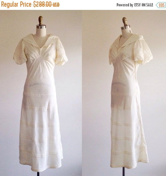 On sale simple wedding dress ivory wedding by theivyretreat for Simple wedding dresses for small wedding