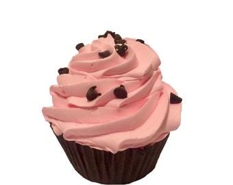 Strawberry & Chocolate Cupcake Bath Bomb