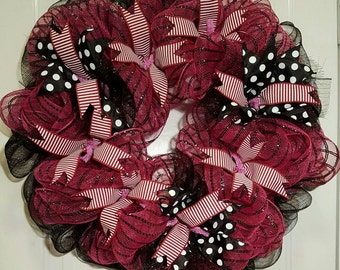 Fuchsia and black mesh wreath
