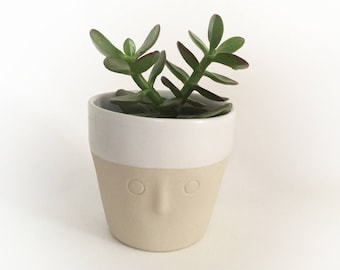 """""""Friend"""" Cup - Cup / pot plants - sandstone - medium - ready to ship"""