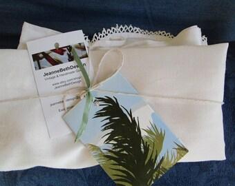 Pristine Vintage Mother / Daughter Cotton Aprons