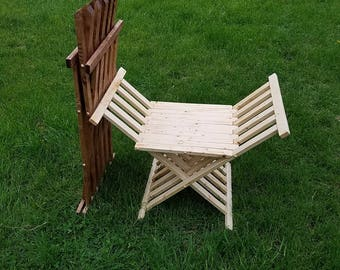 Knight's Folding Chair