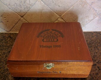 cigar box, vintage wood box, H. Upmann 1844 cigars, Alfred Dunhill of London Ltd, storage box, man cave decor, library decor, collectible