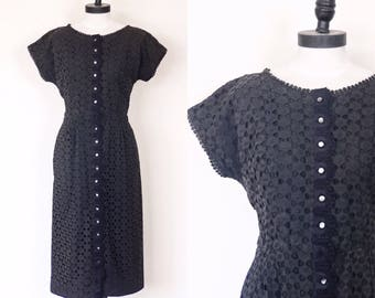 1950s Black Eyelet Lace Wiggle Dress | Size Large | 50s Charcoal Grey Button Front Dress | Midcentury Little Black Dress | Cut Out Lace LBD