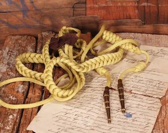 Officer aglet aiglet - Military uniform decoration - Military uniform accessory - Vintage aiglet - Yellow aiglet - Brass pendants aiglet
