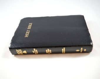Vintage Holy Bible New King James Version Words of Christ in Red 1982 Nelson 412 Dictionary Concordance Vintage Bible 1980s Bible