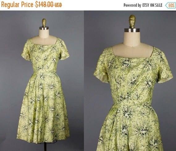 SALE 15% STOREWIDE 1950s floral cotton dress/ 50s draped dress/ small