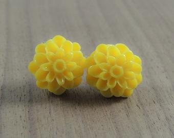 Yellow chrysanthemum flower resin earrings