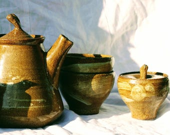 Tea pot set, 5 pieces, stoneware hi fired clay under reduction in gas kiln!