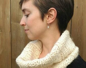 Luxury natural fiber cowl - Merino wool, mohair and silk - 4 colourways - Adult's neckwarmer - Handknitted in Quebec