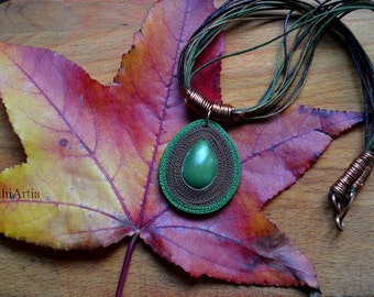 Polymer clay necklace Polymer clay pendant Polymer clay jewelry Green necklace Green jewelry Tear drop necklace Afrocentric necklace African