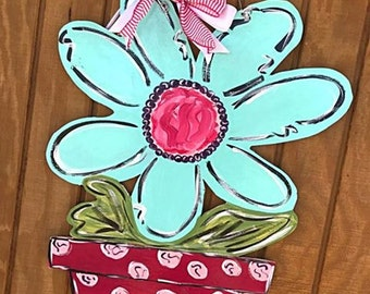 summer door hanger // spring door hanger // whimsical art // flowers + flower pot // home decor