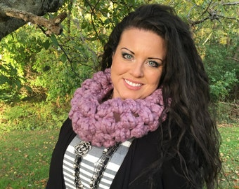 Deluxe Puff Cowl - Handmade - Free Shipping!