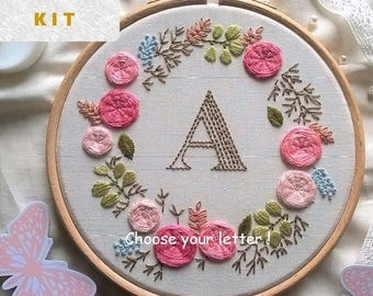 Monogram Embroidery Kit , Personalized Gift , DIY , initial wreath, Classic Embroidery Pattern , Initial embroidery , Gift For Crafter