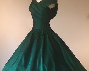 Emerald Green Jewel Tone Sharkskin Taffeta Custom Made Fit & Flare Party Dress   Size Extra Small
