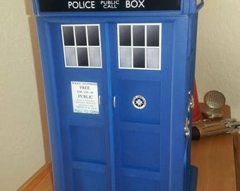 MARKED DOWN! TARDIS-Inspired Large Jewelry Box v.1.0