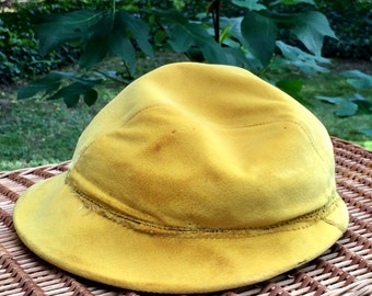 1960s Vintage Yellow Velvet Hat with Small Brim
