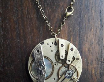 Movement with mother of Pearl button steampunk WGT Gothic