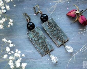 Earrings copper patinated, vintage raids, ancient earrings, laces, earrings with black agate, brilliant beads of Swarovski, boho earrings
