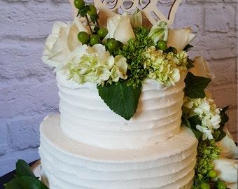 Maltese Cross Cake Topper - Painted Wooden Monogram Cake Topper - Wedding Cake Topper - Birthday Cake Topper