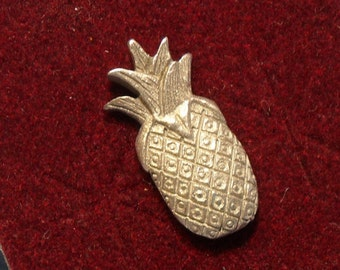 Pewter Pineapple Lapel Pin