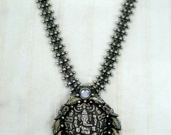 Traditional Design Sterling Silver Necklace Pendant Hindu God Lord Ganesha