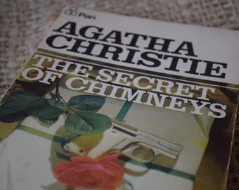 The Secret of Chimneys. Agatha Christie. A Vintage Pan Paperback. 1973