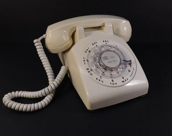 Vintage Butter Yellow Rotary Dial Phone, ITT Desk Top Phone, Retro Office