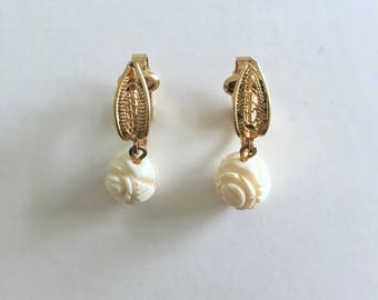Clip On Earrings, White Roses, Gold Tone, Vintage Clipon Dangle Earrings, White Rose Drop Earrings, Mid Century Earrings