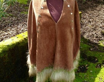 Vintage 60's/70's Leather Poncho With Snaps And Green Faux Fur