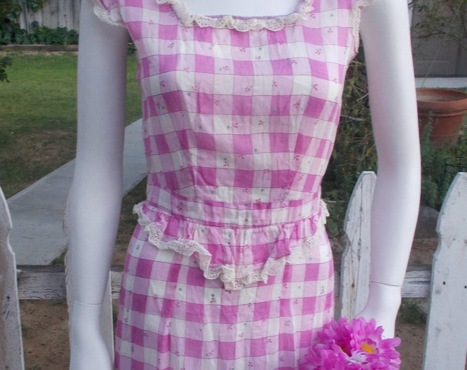 Vintage 30s Purple White Check Sheer Cotton Floral Lace Junior Womens Below The Knee Shift Summer Day Dress