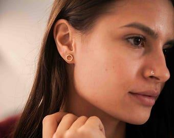 Circle cz stud earrings - gold circle stud earrings - dainty stud earrings - minimal cz studs - tiny 925 silver earrings - shiny gold studs
