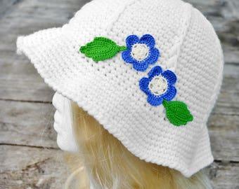 White crochet sunhat, floppy summer hat, garden hat, blue and white, flower and leaf, ladies summer hat, women's cloche, wide wavy brim,