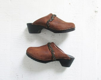 vintage brown leather clogs with braided strap / womens 7