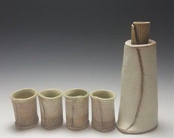 Handmade ceramic sake set by Potteryi. Large 5 piece sake.  set