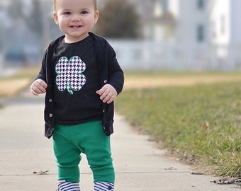St. Patricks Day shirt, st pattys day outfit, 4 leaf clover shirt, kiss me i'm irish, lucky shirt, pinch shirt, trendy, boy