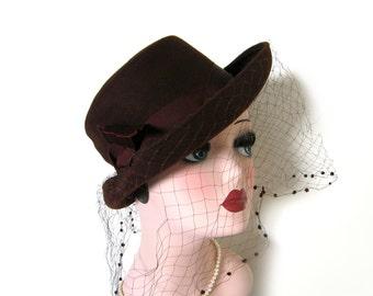 Vintage 1950's Brown Riding Hat w/Veil ~ Dobbs
