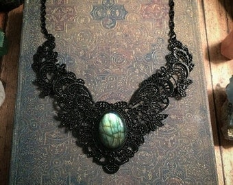 Labradorite bib necklace / gothic bib necklace // labradorite necklace // black collar necklace // labradorite statement necklace