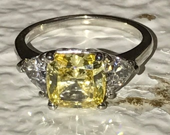 Cushion Cut Canary Yellow Solitaire Engagement Wedding Promise Ring With Trillion Accents 350ctw In 14K