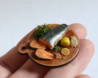 Dollhouse miniature food, realistic food, realistic miniatures, Miniature fish, salmon, Incredible Detail, scale one inch