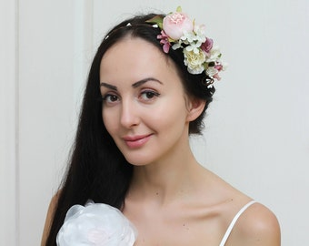 Flower crown Flower halo Bridal floral crown Flower crown Flower hair wreath Girl flower crown Floral headpiece