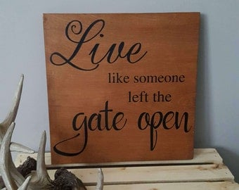 rustic home decor, quotes on wood , wooden sign, wood wall art, country home decor, cottage style, painted wood sayings,