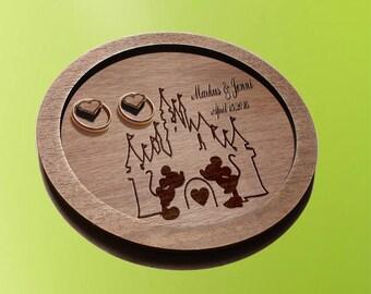 disney wedding / wedding ring plates / ring plates / Mickey mouse wedding / wedding ring dish / ring holder disney wedding gift