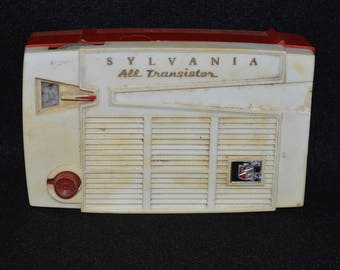 Sylvania All Transistor Radio, 4P14 Transistor Radio, 1950s Radio, Red and White Sylvania Radio, Atomic Symbol on Case, Not Sure if Working