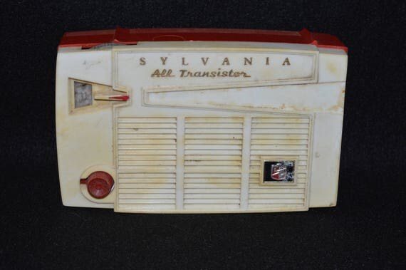 Sylvania All Transistor Radio, 4P14 Transistor Radio, 1950s Radio, Red and White Sylvania Radio, Atomic Symbol on Case, Not Sure if Working