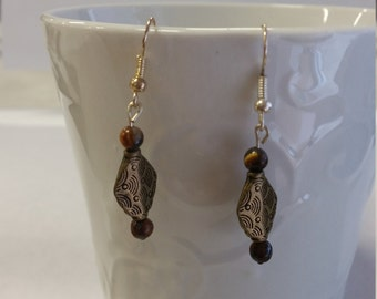 light brown metal dangle earrings