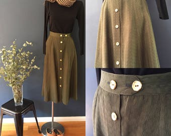 Plus size- Olive green vintage 90s skirt